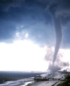 tornado-natureza